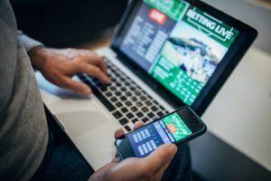 Pertaruhan Olahraga On-line Illinois: Di Sini, untuk Waktu Terbatas